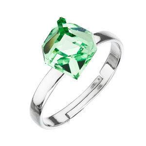 Evolution Group Stříbrný prsten s krystaly zelená kostička 35011.3, dárkové balení