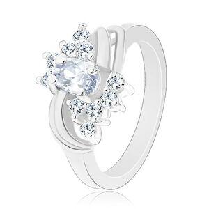 Blýskavý prsten ve stříbrné barvě a s čirými zirkony, hladké páry oblouků - Velikost: 50