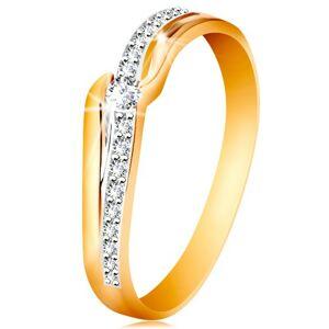 Blýskavý zlatý prsten 585 - čirý zirkon mezi konci ramen, zirkonová vlnka - Velikost: 60