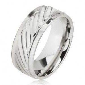 Lesklý prsten z oceli - obroučka se šikmými rýhami, snížené okraje BB10.10