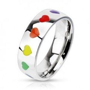 Lesklý prsten z oceli s duhovými srdíčky C20.12