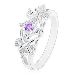 Blýskavý prsten s rozdělenými rameny, překřížené linie, světle fialový zirkon R44.6