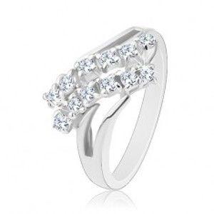 Blýskavý prsten, stříbrná barva, rozdvojená ramena, dvě zirkonové linie R37.29