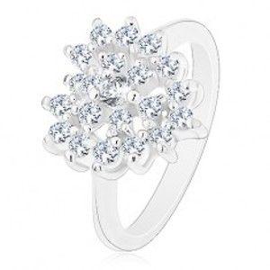 Blýskavý prsten stříbrné barvy, čiré zirkonové srdce, lesklá ramena R42.14
