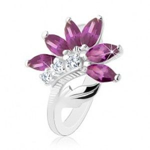 Blýskavý prsten ve stříbrné barvě, tmavě fialový květ, lesklý list R48.10