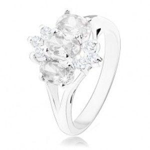 Blýskavý prsten ve stříbrném odstínu, oválné a kulaté zirkony čiré barvy R34.2