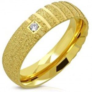 Prsten zlaté barvy z oceli - pískovaný povrch, matné pruhy, zirkon, 6 mm J03.18