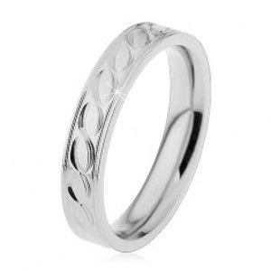 Ocelový prsten ve stříbrném odstínu, gravírovaný motiv vlnek, 4 mm H5.11