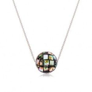 Ocelový náhrdelník, lesklá kulička zdobená úlomky mušle Abalone Z46.10
