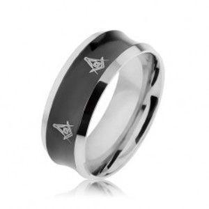 Ocelový prsten v černé a stříbrné barvě s vyhloubeným středem, symboly SP64.01