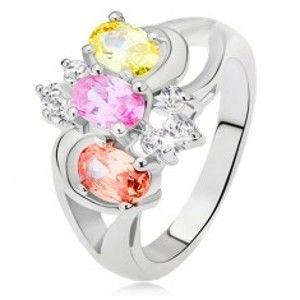 Prsten - tři barevné kamínky, rozdvojená ramena, oblouky, čiré zirkony L14.10