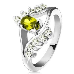 Prsten s lesklými rameny, ovál v zeleném odstínu, čirá linie ze zirkonků - Velikost: 54