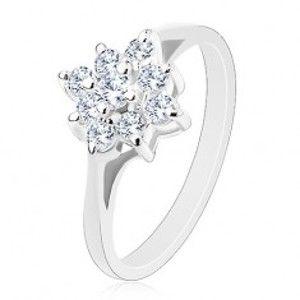 Prsten s blýskavým zirkonovým čtvercem čiré barvy, lesklá zúžená ramena V14.19