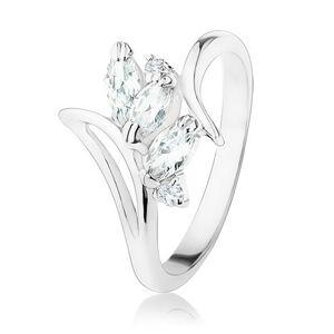 Prsten se zahnutými rameny a výřezem, čiré zrnkovité a kulaté zirkony - Velikost: 49