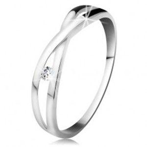 Prsten v bílém zlatě 585 - kulatý diamant čiré barvy, rozdělená překřížená ramena BT178.47/53/501.89