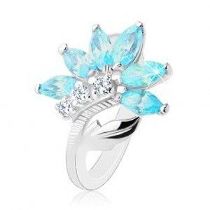 Prsten ve stříbrném odstínu, květ z čirých a modrých zirkonů, lesklý list R32.26