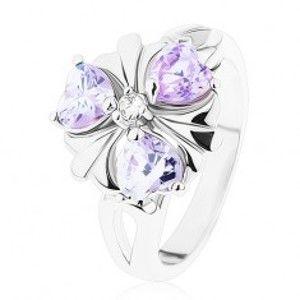Prsten ve stříbrném odstínu, kvítek s fialovými zirkonovými srdíčky R38.28