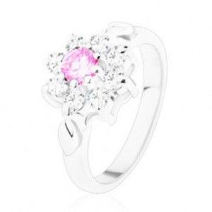 Prsten ve stříbrném odstínu, růžovo-čirý zirkonový květ, lístečky V09.03
