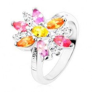 Prsten ve stříbrném odstínu, velký květ s barevnými a čirými lupínky R48.22