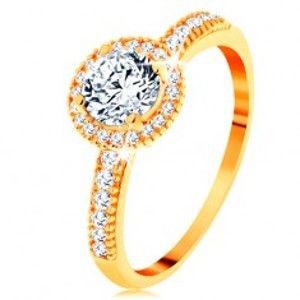Prsten ze žlutého 14K zlata - zirkon čiré barvy lemovaný drobnými zirkonky GG155.39/45