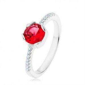 Stříbrný 925 prsten, kulatý červený zirkon, úzká ramena, čiré zirkony HH7.11