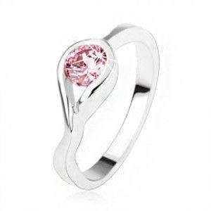 Stříbrný zásnubní prsten 925, kulatý růžový zirkon, zatočená ramena SP47.03