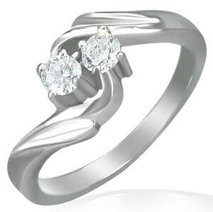 Zásnubní prsten - stočený střed, dva zirkony - Velikost: 50
