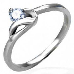Zásnubní prsten stříbrné barvy, ocel 316L, kulatý čirý zirkon a zvlněné rameno D6.12