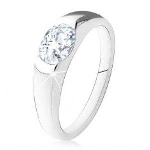 Zásnubní prsten ze stříbra 925, oválný čirý kamínek, hladká ramena SP18.19